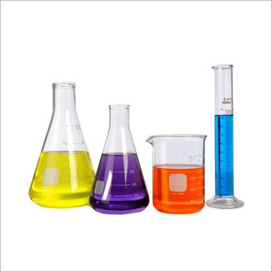 Béchers / Cylindres gradués / Fioles