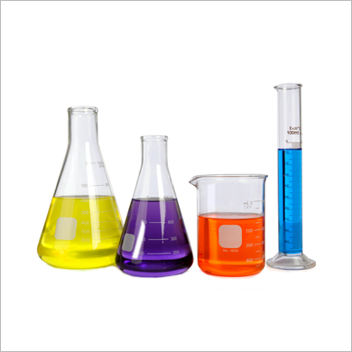 Beakers / Graduated Cylinders / Flasks