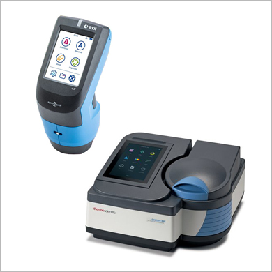 Colorimeters / Spectrophotometers