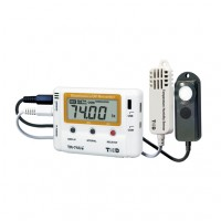 Temperatue and humidity data loggers