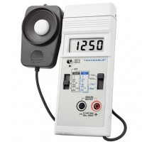 Dual-Range Light Meter