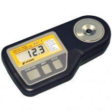 Refractometer for wine industry