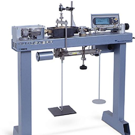 Machine de cisaillement direct/alterné