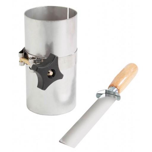Outil pour couper échantillon avec couteau